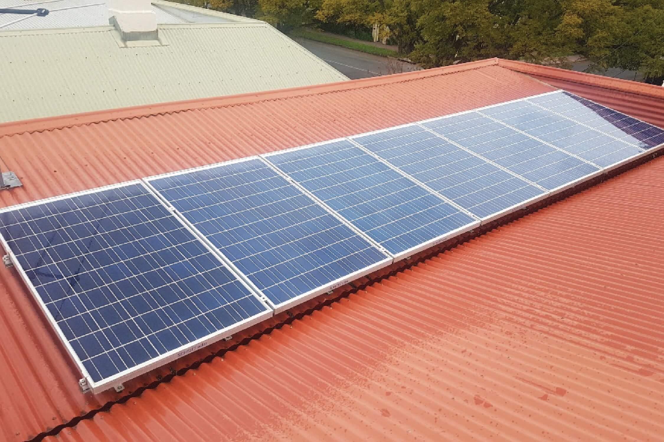 Solar set for summer